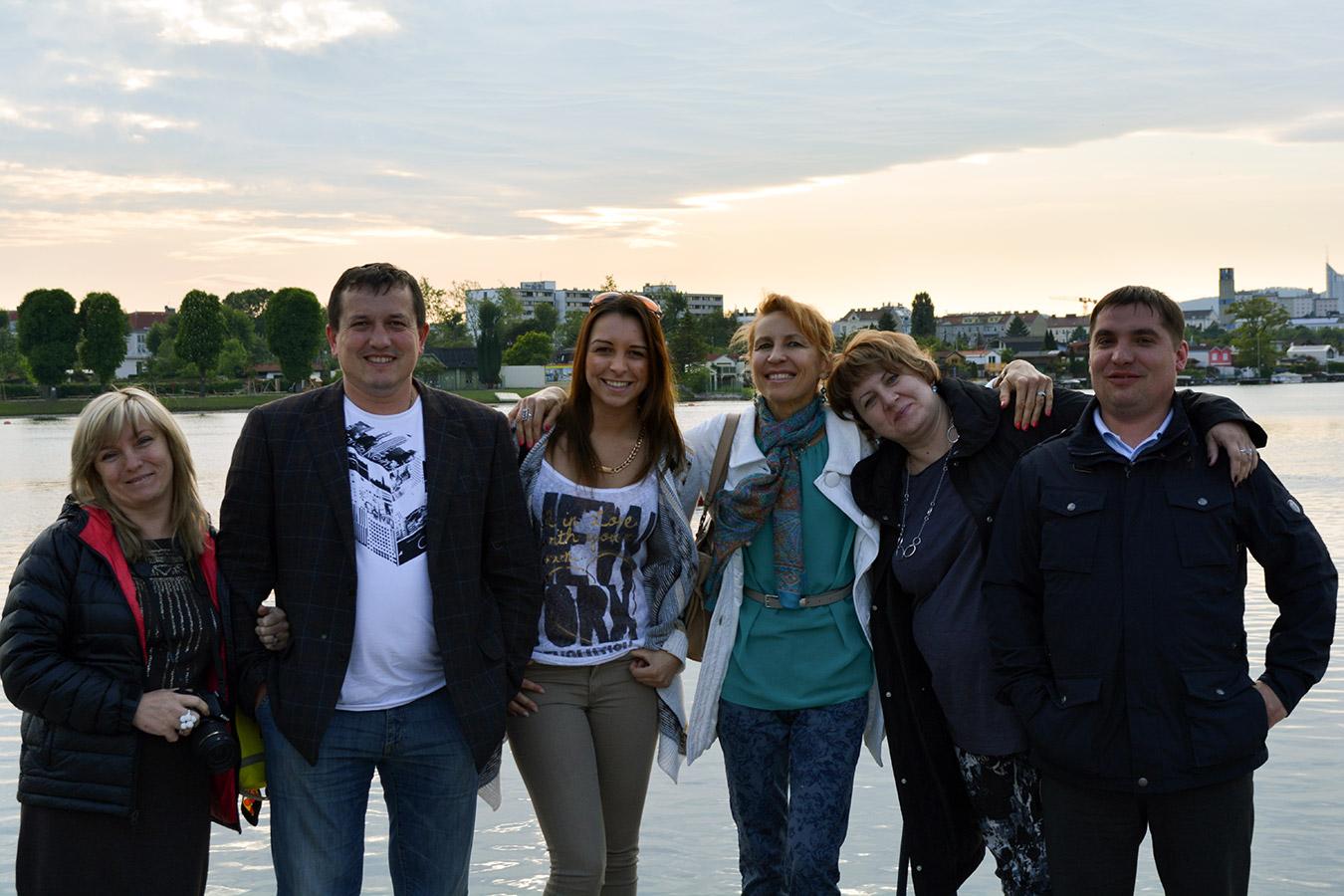Друзья в Вене с гостями у Старого Дуная