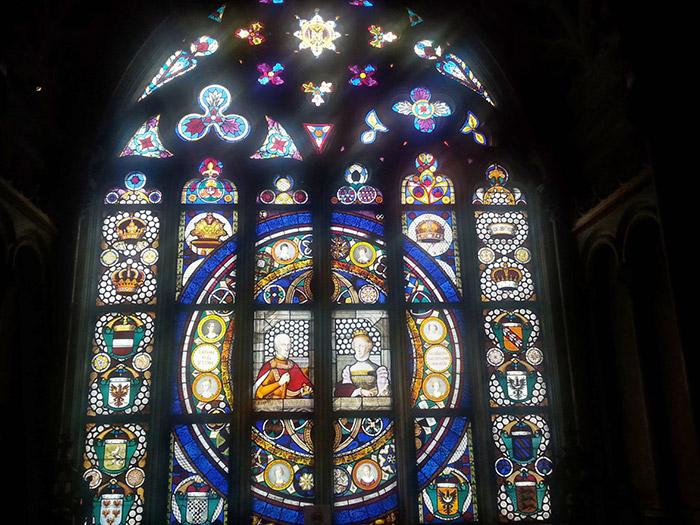 Витражное стекло Г. Мона