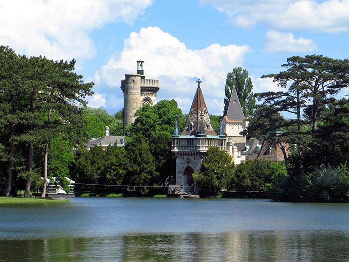 Замок Францензбург