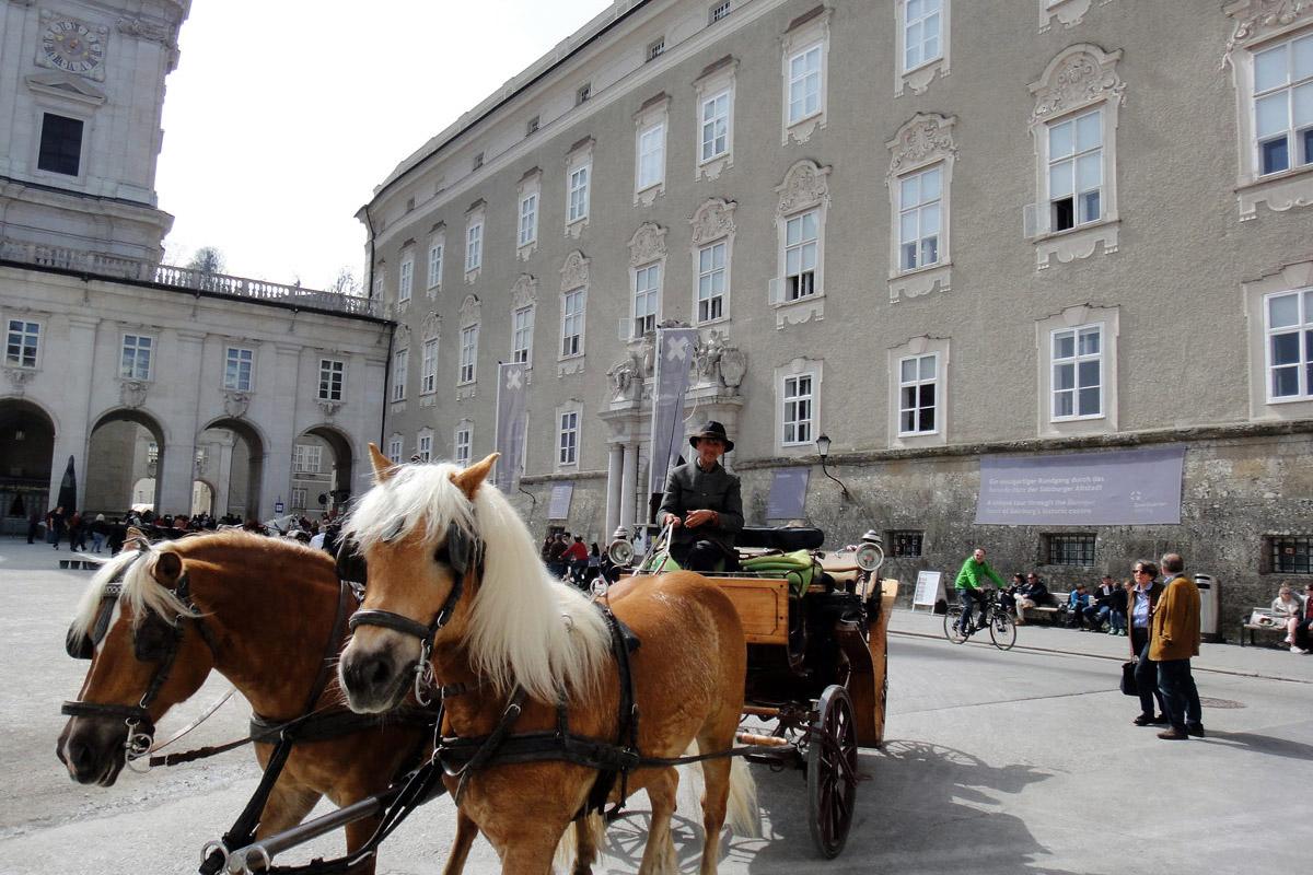 Резиденция архиепископов –туристическая достопримечательность Зальцбурга