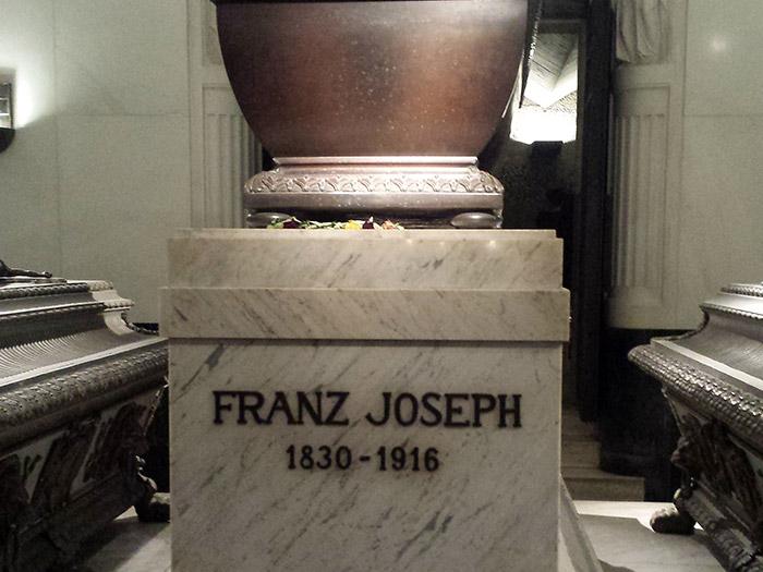 Саркофаг Франца Иосифа в Капуцинергруфт, место упокоения Габсбургов