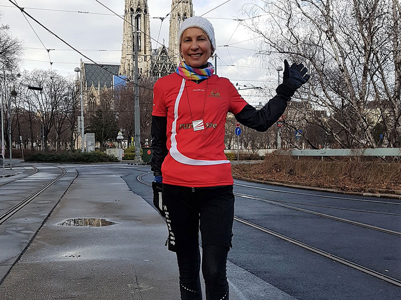 Oksana Polianskaja will guide you through the city while running!