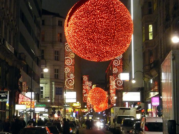 Праздничное освещение венских улиц